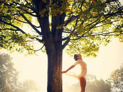 Detox Massage, entschlacken, entgiften, Körper und Seele reinigen, abnehmen, fasten. Pravaha Massage München.