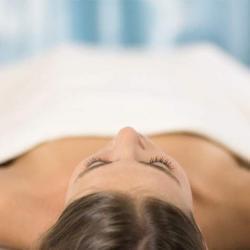 Effektiv Stress abbauen und Burnout vorbeugen. Mit Ayurveda Tiefenentspannung. Pravaha Massage München.